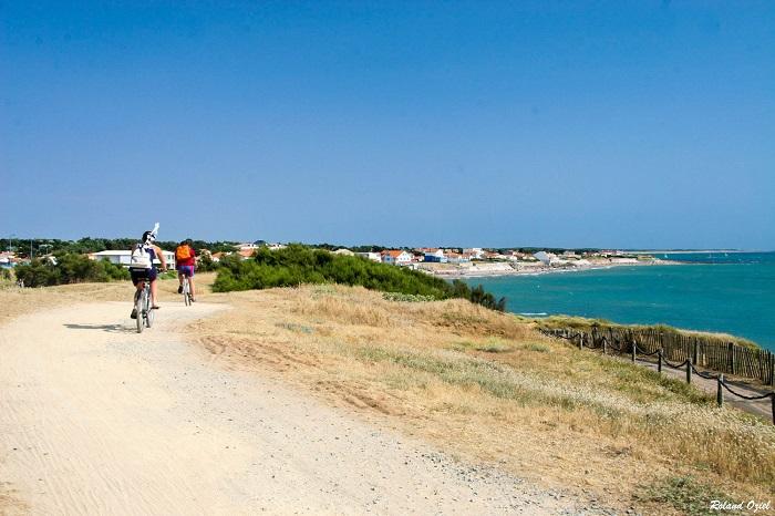 Vélodyssée, route longeant la côte en Vendée