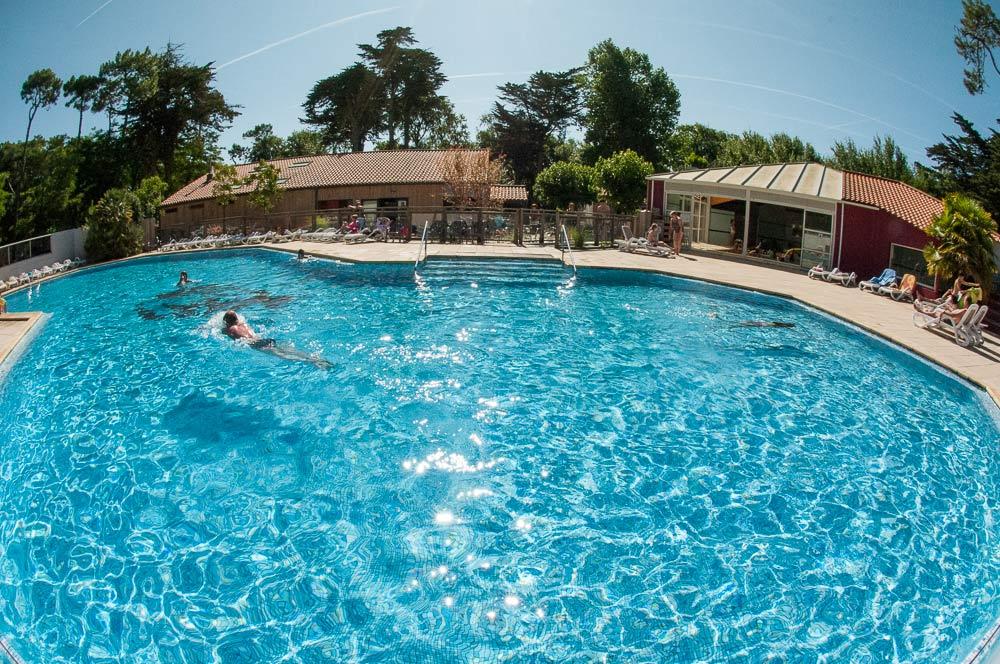 la piscine de qualité du camping en Vendée